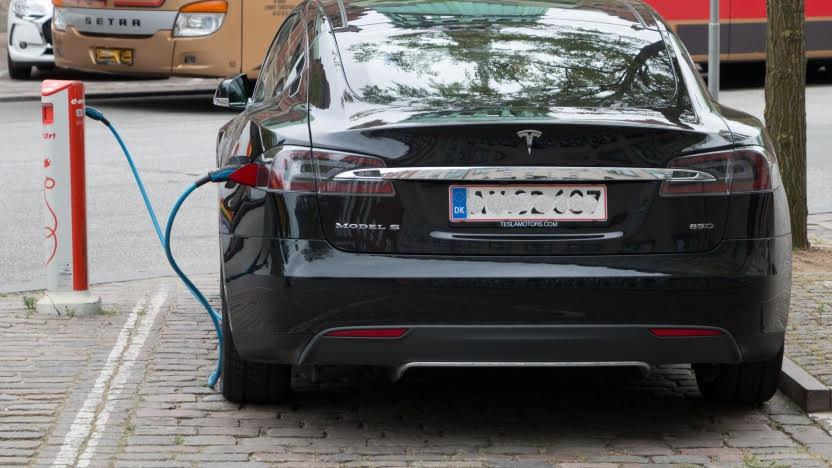 Elektromobilität:Geladen wird am Freitag